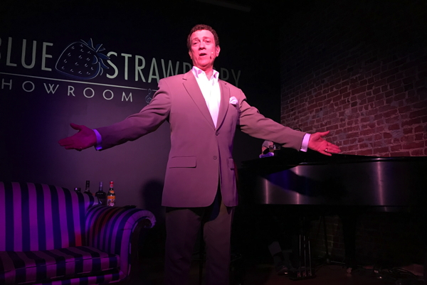 Dean Christopher as Dean Martin. Photo by Chuck Lavazzi