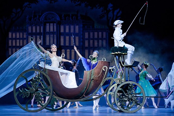 Cinderella by Frederick Ashton, Polish National Ballet, Warsaw 2010