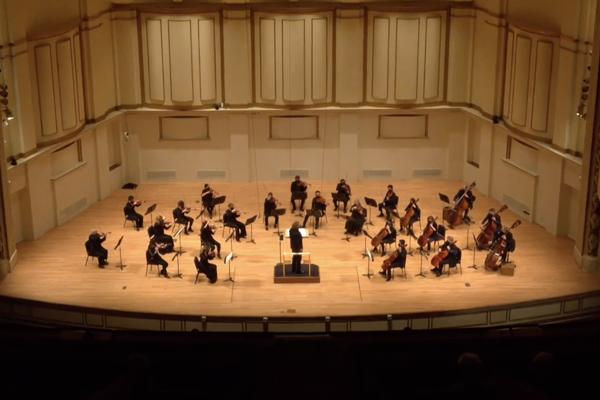 Stéphane Denève conducts the SLSO strings