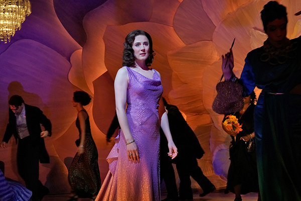 'La traviata' Triumphs at Opera Theatre of St. Louis