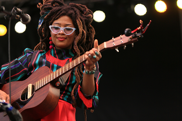 Valerie June. Photo by Bill Motchan.